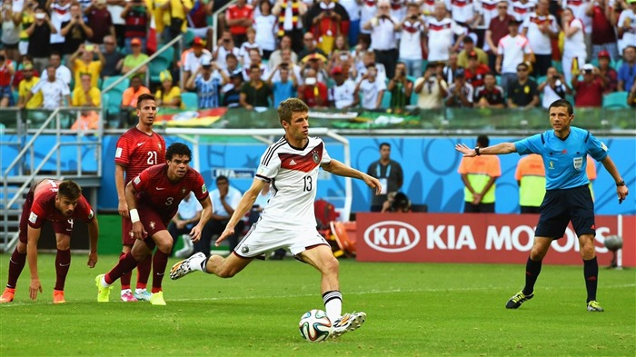 Thomas Muller-World Cup 2014 Final Germany HD Wallpaper 01 Views:3287 Date:7/12/2014 9:18:53 AM