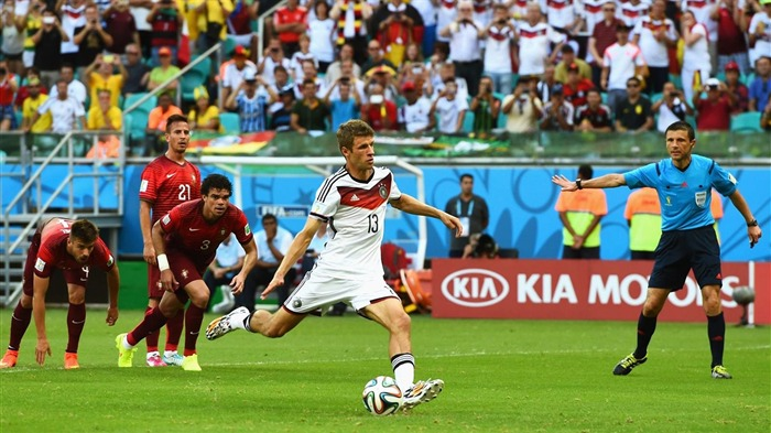 Thomas Muller-World Cup 2014 Final Germany HD Wallpaper 04 Views:3654 Date:7/12/2014 9:20:16 AM