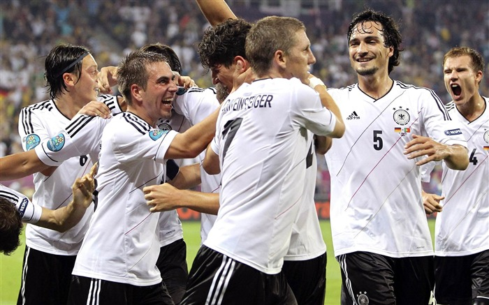 World Cup 2014 Final Germany HD Wallpaper 03 Views:3461 Date:7/12/2014 9:23:20 AM
