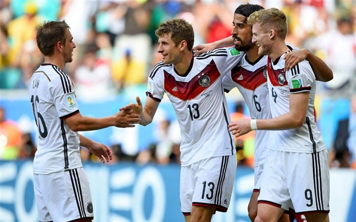 World Cup 2014 Final Germany HD Wallpaper 05 Views:3550 Date:7/12/2014 9:25:32 AM