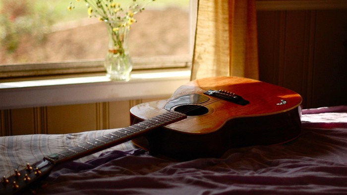 Acoustic Guitar On Bed-High quality wallpapers Views:5573