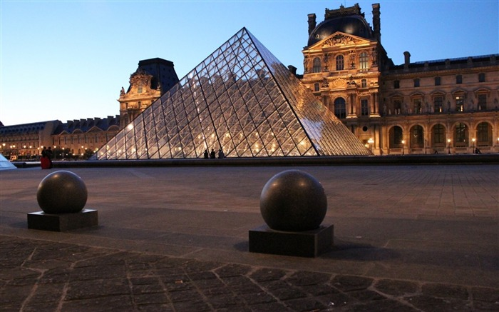 Louvre Museum Paris-Cities HD Wallpapers Views:3467