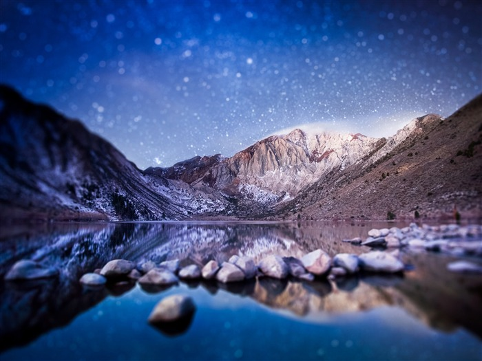 Mountains At Night-Nature Photo Wallpaper Views:3201