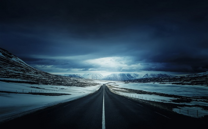 On the outskirts of snow road-Retina landscape wallpaper Views:2060