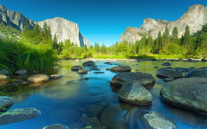 Yosemite National Park Microsoft theme wallpaper Views:13405