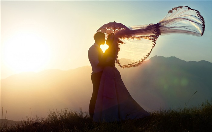 love in the sunset-high quality Wallpaper Views:2753