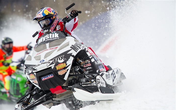 Cool Snowmobiling-High quality wallpaper Views:2511