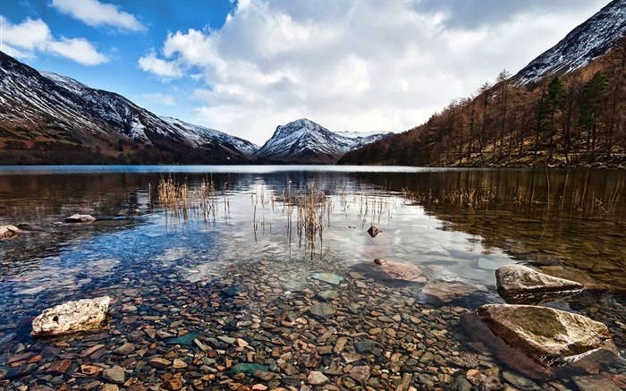 Crystal clear-Lakes landscape photography wallpaper Views:2450