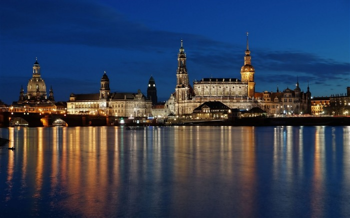 Dresden Germany photography HD Wallpaper 13 Views:2340