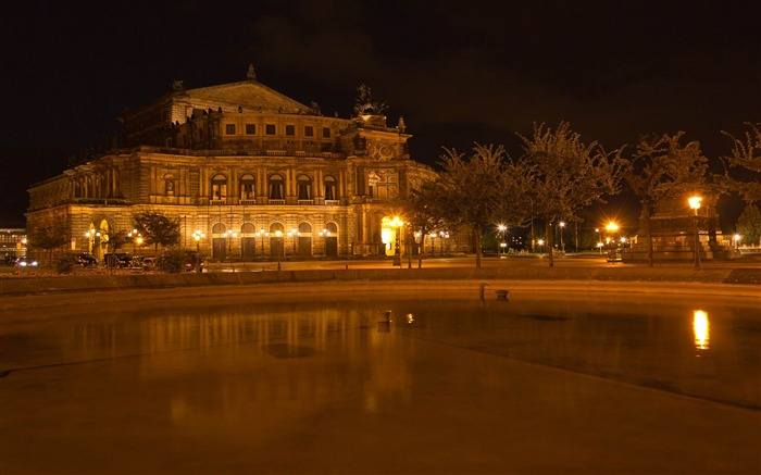 Dresden Germany photography HD Wallpaper 17 Views:1726