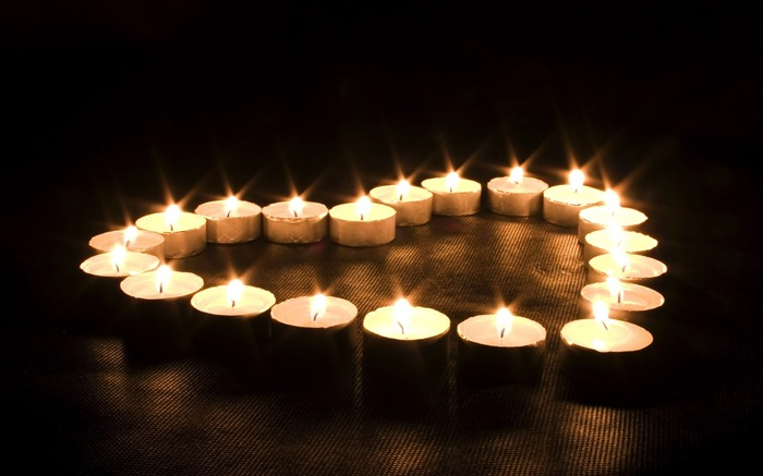 Romantic Candles-High quality wallpaper Views:1796