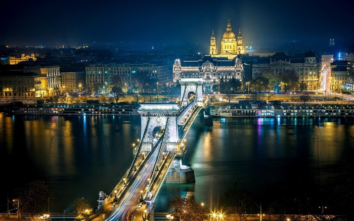 chain bridge budapest-Photography HD Wallpapers Views:2336