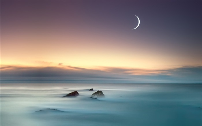 moon sea-HD Widescreen Wallpaper Views:3331