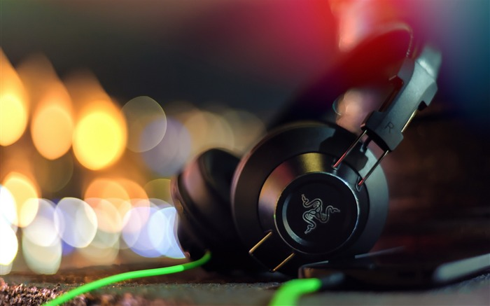razer adaro headphones-HD Widescreen Wallpaper Views:5405