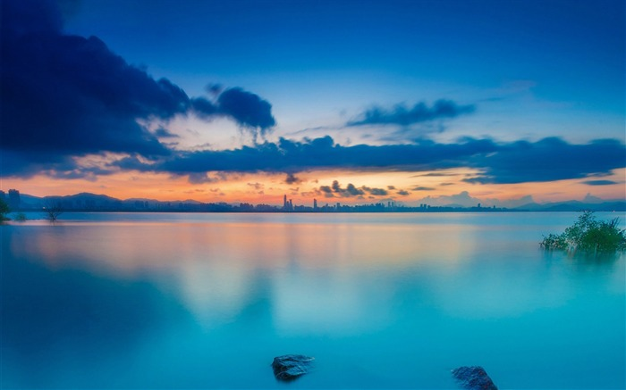 sunset waters-HD Widescreen Wallpaper Views:1571