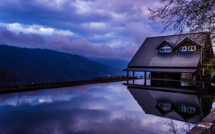 wooden house-HD Widescreen Wallpaper Views:3137