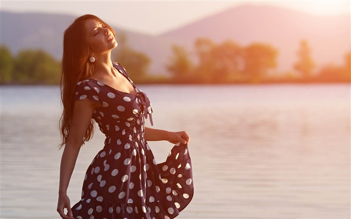 girl in dress morning-Photo HD Wallpaper Views:2822