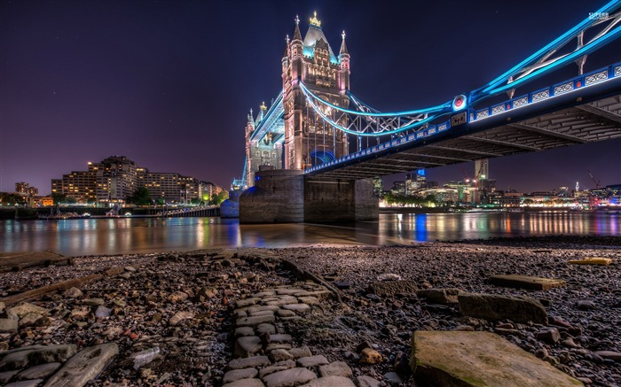 tower bridge-Cities Desktop Wallpaper Views:1592