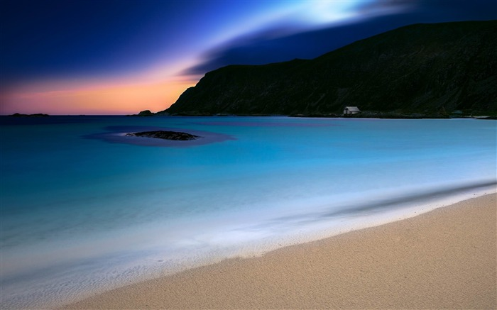 turquoise night-Photo HD Wallpaper Views:3172