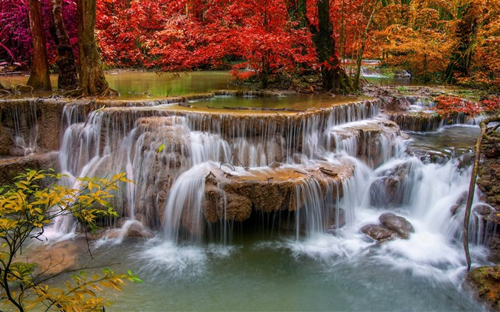 waterfall red trees-Photography HD wallpaper Views:1705