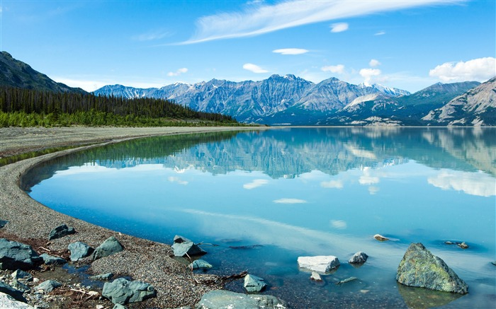 reflection in the yukon-photo HD wallpaper Views:1179