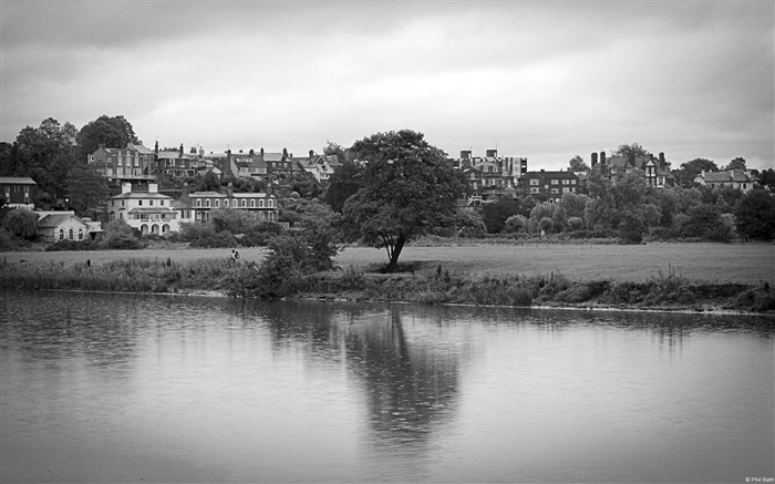 River Dee Chester Cheshire-Windows 10 Wallpaper Views:3321