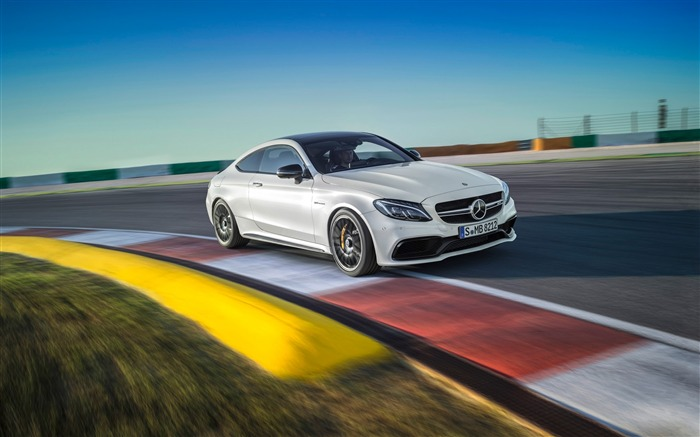 2016 Mercedes-AMG C63 S Coupe Wallpaper Views:6390
