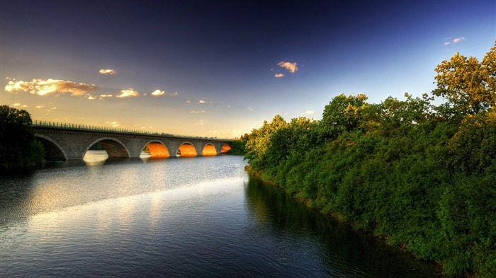 beautiful bridge-Nature Wallpaper Views:1824