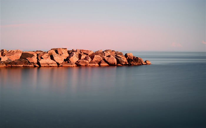 calm water rock-scenery HD Wallpaper Views:2891