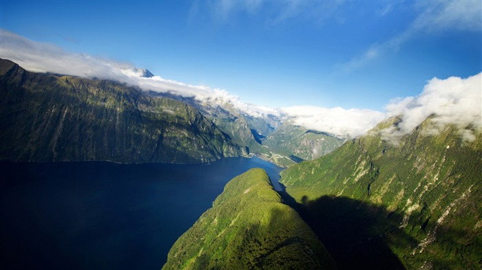 new zealand fjords-scenery HD Wallpaper Views:1952