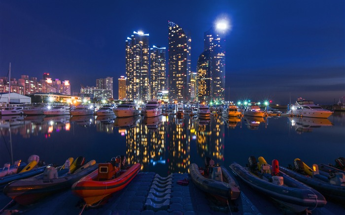 Buildings night sky boats-Cities HD Wallpaper Views:1882