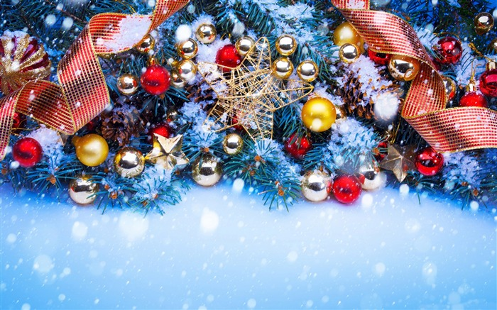 Colorful christmas trees-2016 Merry Christmas Wallpaper Views:6390 Date:12/9/2015 7:33:36 AM