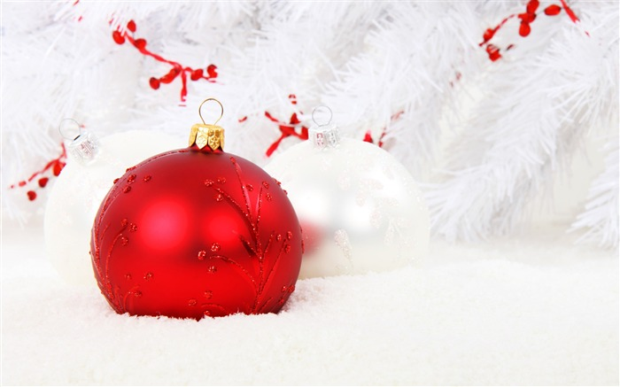 Red Christmas decorations-2016 Merry Christmas Wallpaper Views:4072 Date:12/9/2015 7:26:55 AM