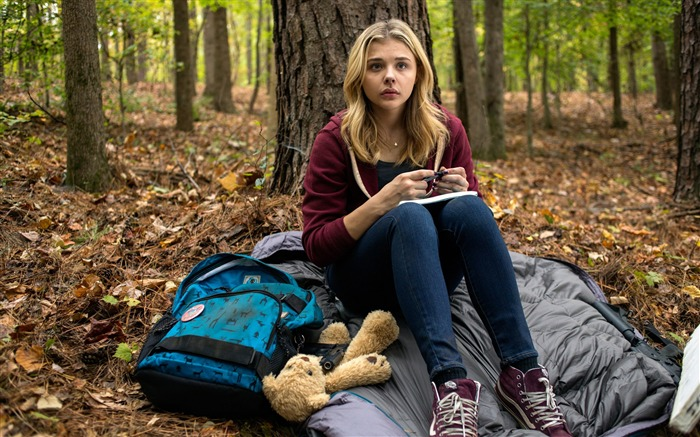 The 5th Wave 2016 Chloe Moretz-Movie posters HD Wallpaper Views:2303