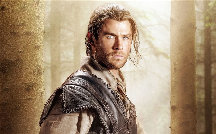 The huntsman winters war-Movie poster HD Wallpapers Views:2403 Date:12/1/2015 12:49:13 AM