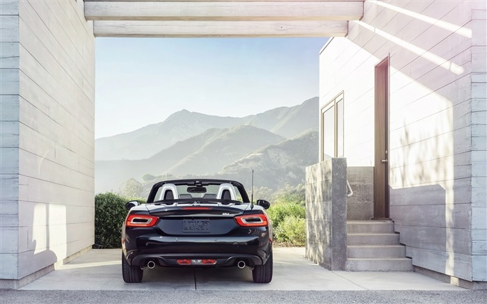 2017 Fiat 124 Spider Luxury Auto HD Wallpaper 11 Views:1975