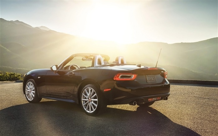 2017 Fiat 124 Spider Luxury Auto HD Wallpaper 19 Views:1361