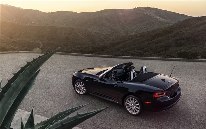 2017 Fiat 124 Spider Luxury Auto HD Wallpaper 20 Views:1620