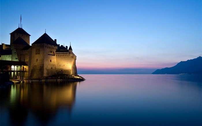 Castle river lake night-Architectural HD Wallpapers Views:2837 Date:1/11/2016 6:07:07 AM