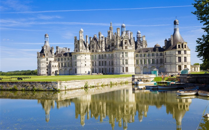 Chambord chateau france-Architectural HD Wallpapers Views:5469 Date:1/11/2016 6:09:23 AM
