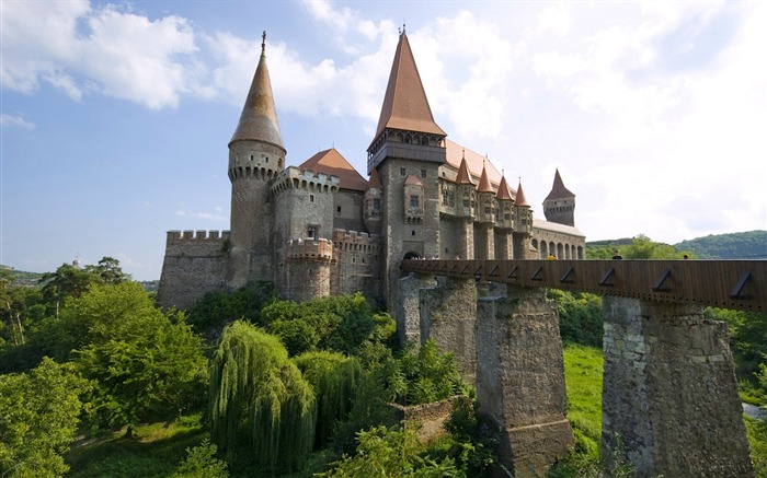 Corvin castle hunedoara-Architectural HD Wallpapers Views:4040 Date:1/11/2016 6:10:16 AM
