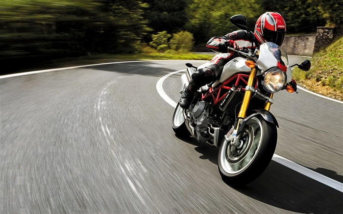 Ducati monster s4r rider speed-High Quality HD Wallpaper Views:1943