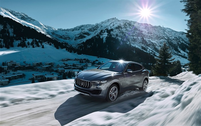 2016 Maserati Levante Luxury Car HD Wallpaper 02 Views:3364 Date:3/4/2016 8:51:01 AM