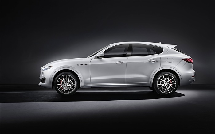 2016 Maserati Levante Luxury Car HD Wallpaper 06 Views:3080 Date:3/4/2016 8:53:01 AM
