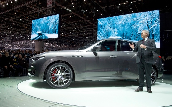 2016 Maserati Levante Luxury Car HD Wallpaper 12 Views:2906 Date:3/4/2016 8:56:19 AM