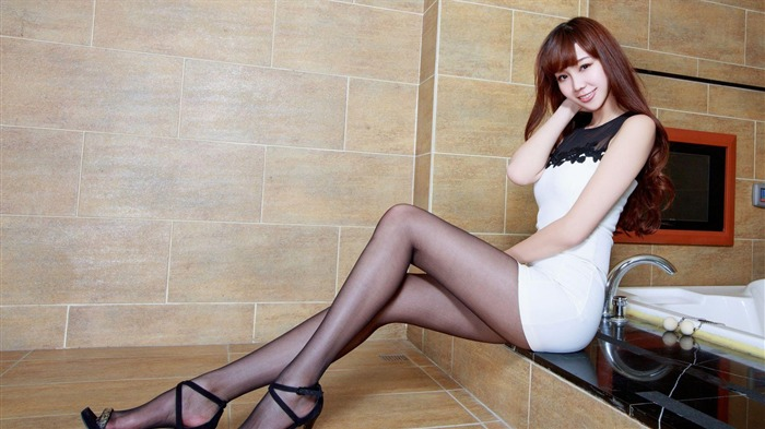 China sexy fashion beauty model photo wallpaper 09 Views:1572