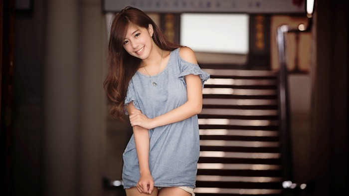 China sexy fashion beauty model photo wallpaper 12 Views:1875