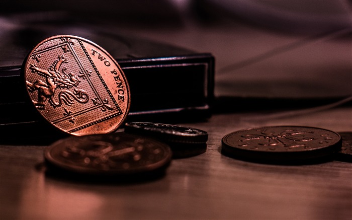 Coins money low light-Macro photo HD Wallpaper Views:1993