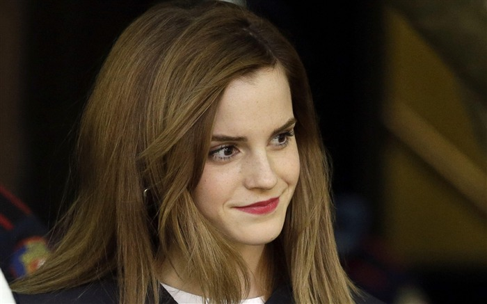 Emma watson actress smile-Beauty photo HD Wallpapers Views:4827 Date:3/17/2016 7:22:16 AM