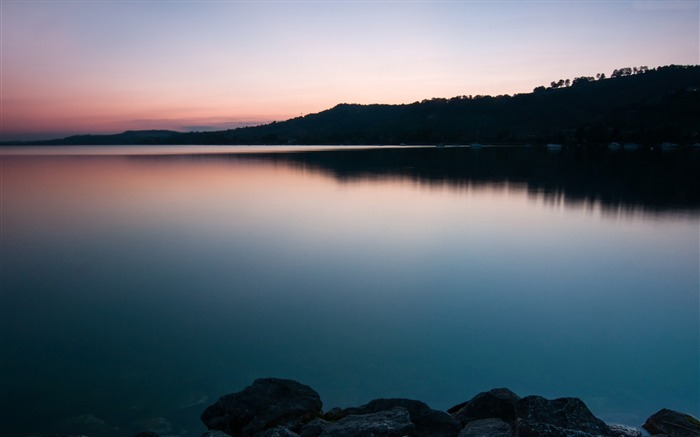 Lake murten sunset-Nature Photo HD Wallpaper Views:1583
